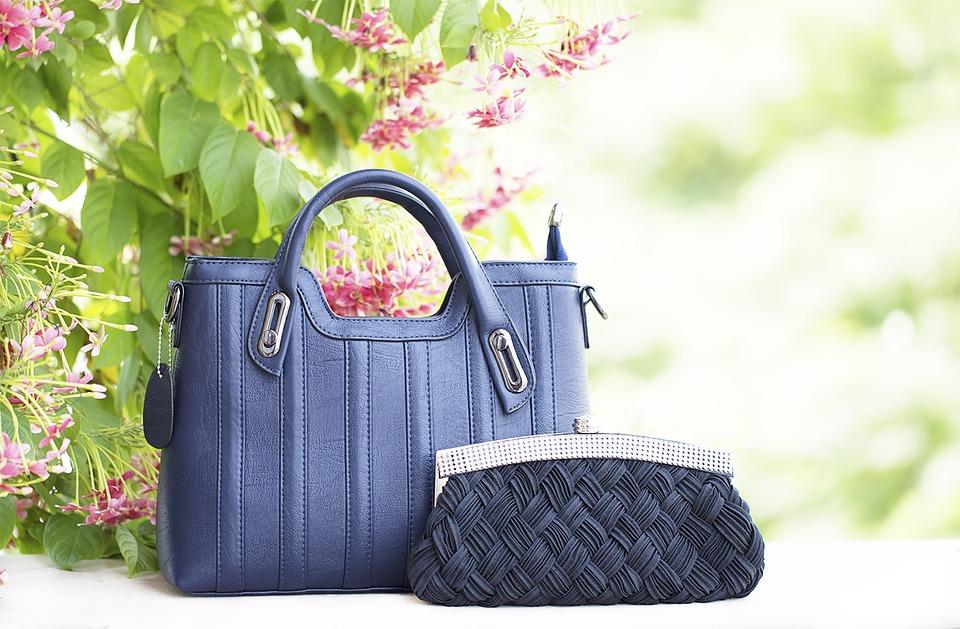 granatowe torebki